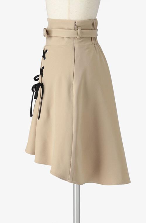 ベルト付きハイウエストスカート
