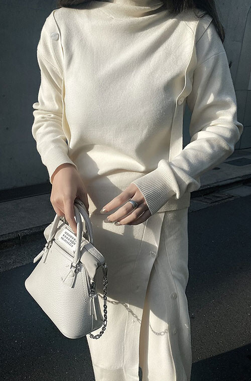 Asymmetry Turtleneck Sweater
